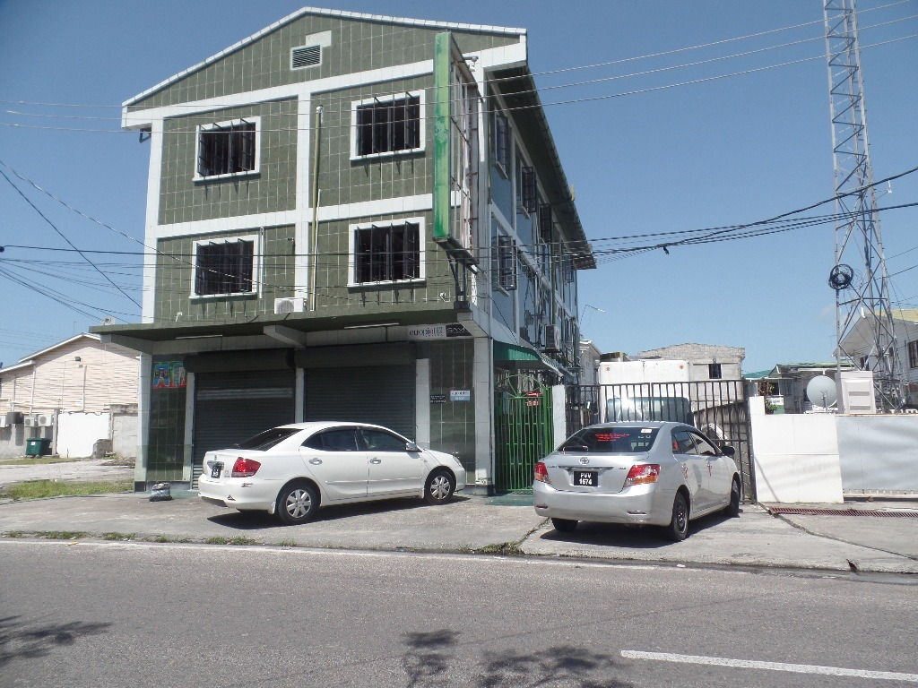PRIME COMMERICAL BUILDING RENTAL IN CENTRAL GEORGETOWN